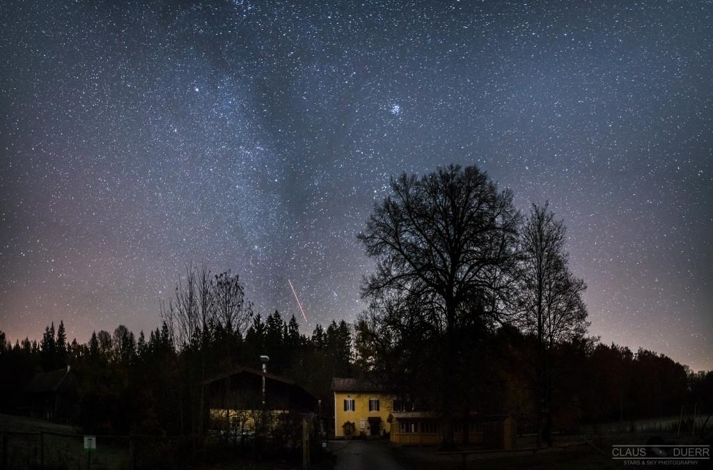 Forsthaus Hubertus bei Nacht